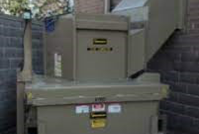 Vertical Compactor with Chute